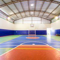 escola com futsal e judô